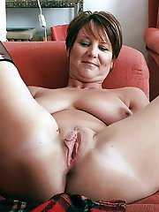 Top-notch woman on xxx gallery