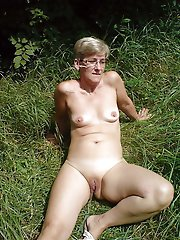 Mad mature damsels posing fully nude on camera